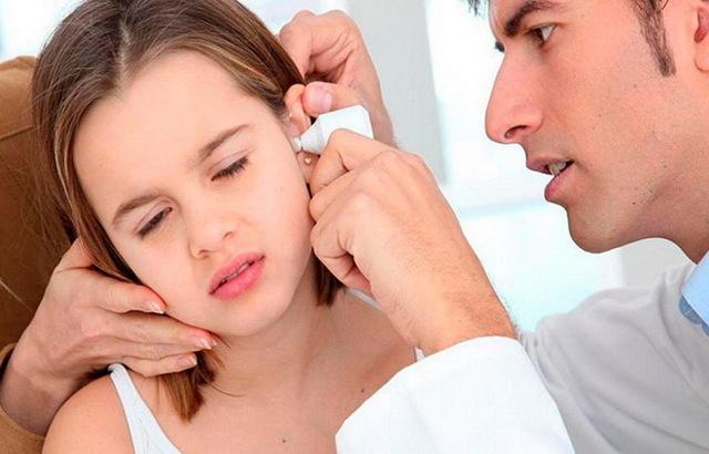 Буллезный, вирусный, инфекционный отит: симптомы, лечение у взрослых и детей