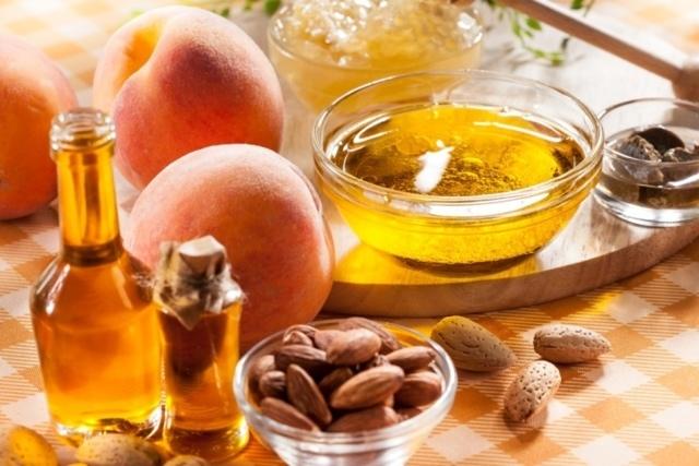 Можно ли капать в нос косметическое персиковое масло от насморка и гайморита