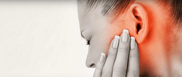 Болят уши при простуде: чем лечить и что делать