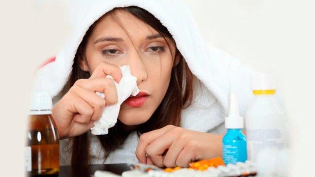 Как отличить вирусный насморк от бактериального: разница между ними