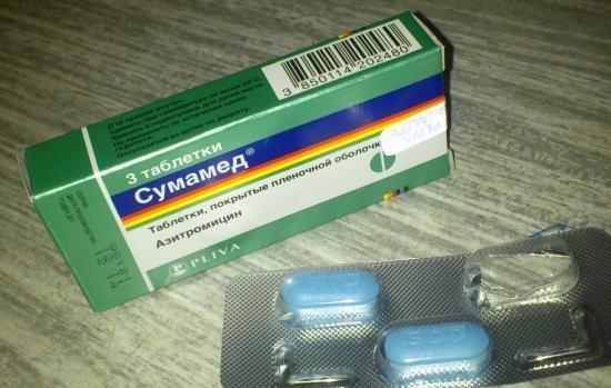 «Супракс» или «Сумамед»: что лучше для детей, принцип действия и состав антибиотиков