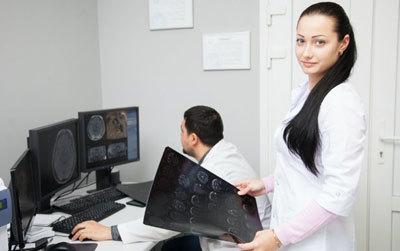 МРТ пазух носа: что показывает и когда назначается?