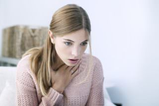 Болит горло и язык: причины, симптомы, лечение и профилактика