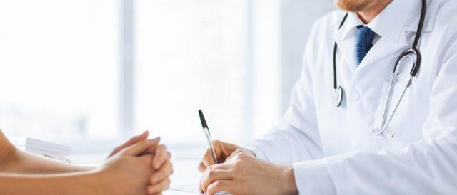 Фурункул в носу: диагностика, симптомы и лечение