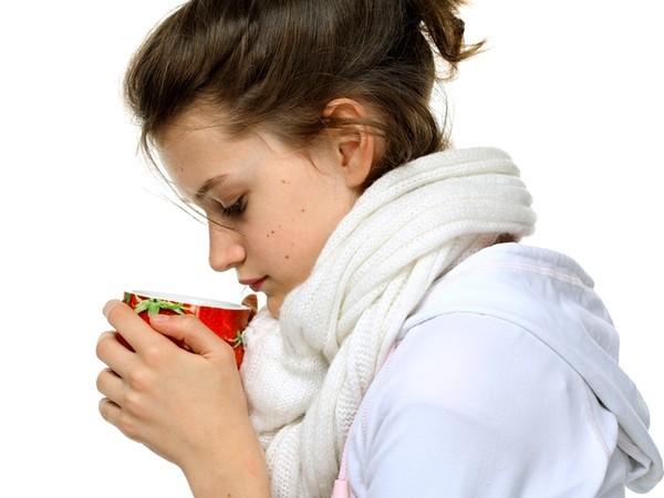 Горло дерет: чем лечить в домашних условиях боль, сухой кашель и першение