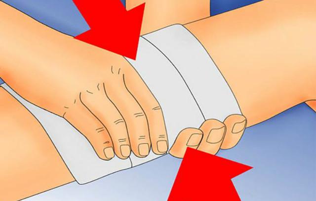 Смешанное кровотечение: симптомы, причины, первая помощь
