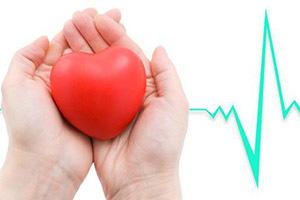 Болит сердце: что делать и пить при сильных болях, первая помощь