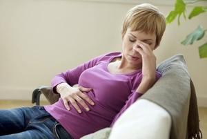 Болит желудок при беременности на ранних сроках: причины, симптомы, диета