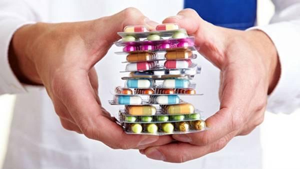 Как восстановить слизистую желудка при атрофическом гастрите: препараты, назначаемые врачом, народные средства