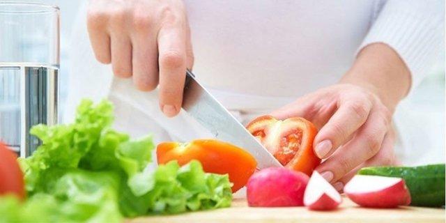 Диета после желудочного кровотечения: принципы питания, меню на день