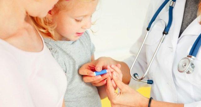 Почему тромбоциты повышены у ребенка: основные причины