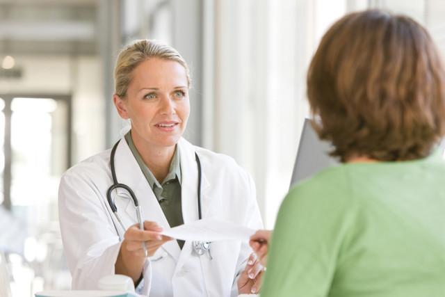 Поликистоз яичников (СПКЯ) и беременность: можно ли забеременеть, стимуляция овуляции