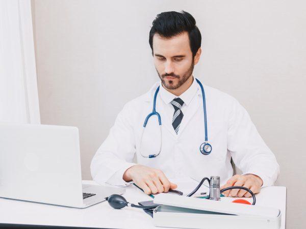 Полип на яичнике: что делать, симптомы и лечение