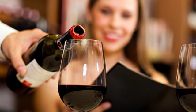 Алкоголь при язве желудка: как действует, что разрешено пить, осложнения