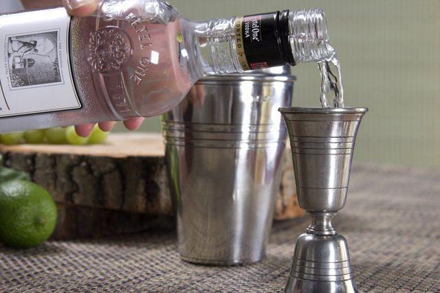 Водка при гастрите: можно ли употреблять и чем это опасно, воздействие