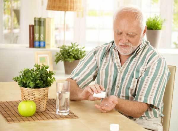 Голодные боли в желудке: причины, лечение народными средствами, диета