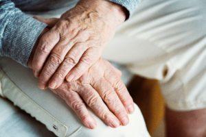 Установка кардиостимулятора сердца, противопоказания к операции по возрасту