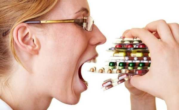 Боли в желудке: лечение препаратами, рецепты народной медицины, диета